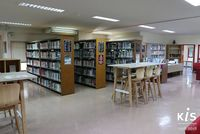 Classrooms and libraries 04
